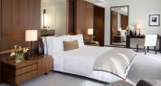 lpnyc-deluxe-place-king-1680-945